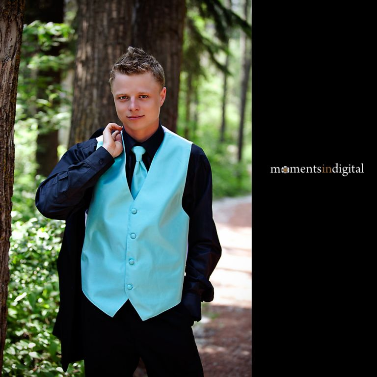 Photograph of the groom in a park in Spruce Grove Alberta