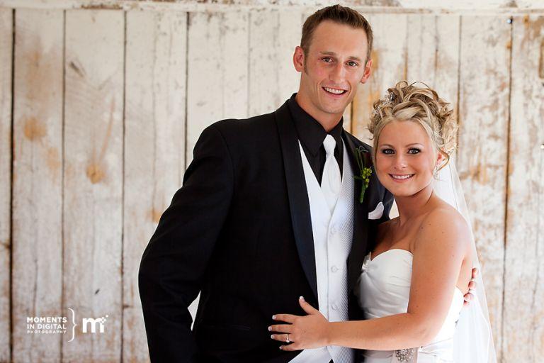 Edmonton Wedding Photographers - Photos of the Bride & Groom