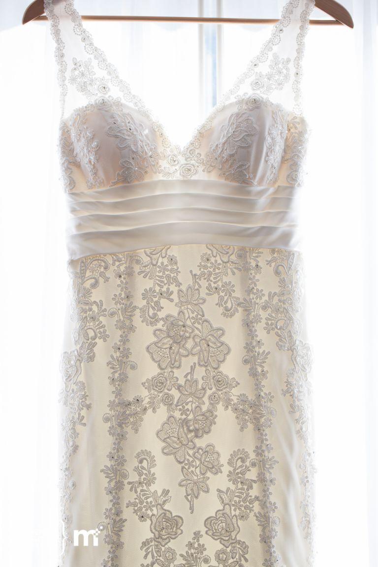 Edmonton Wedding Photographers - Wedding Gown